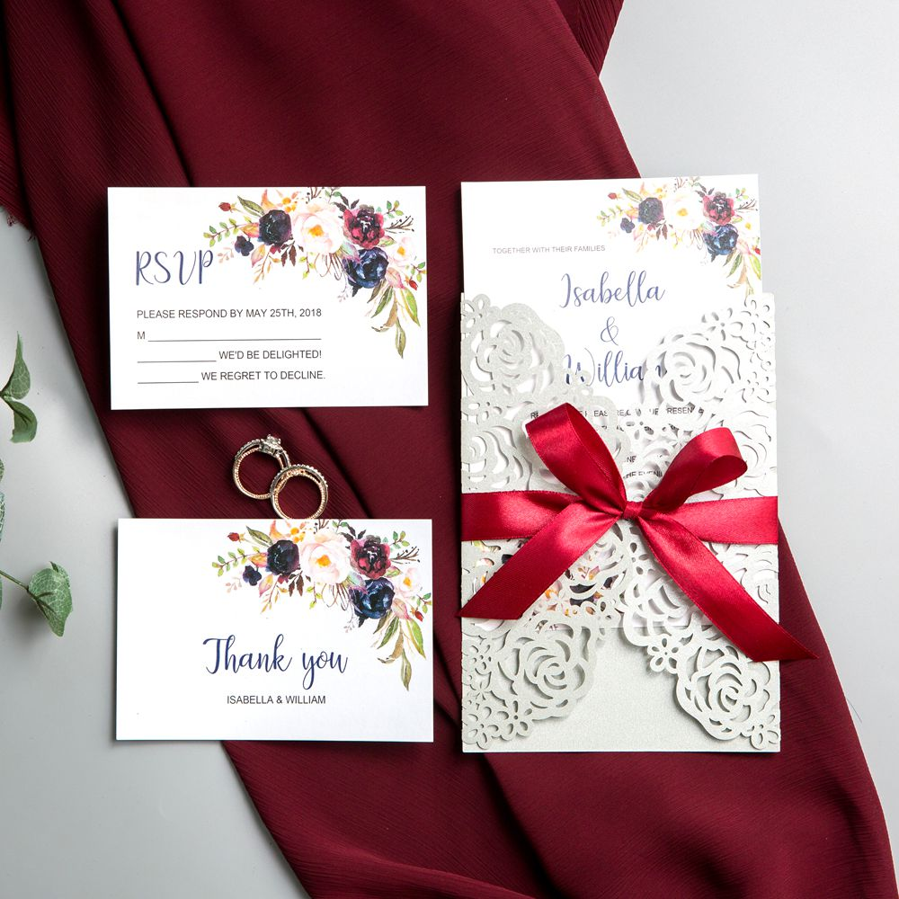 As Laset Cut enbales to make a delicate expression of emotions, it has become the newest trend for wedding invitaion.The watercolor