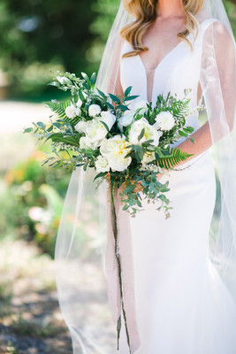 Fresh Gold White and Greenhouse Wedding Ideas