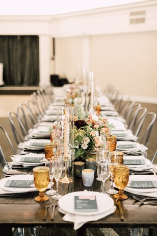green and gold wedding table decor