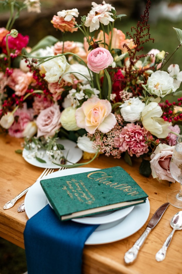book place setting wedding