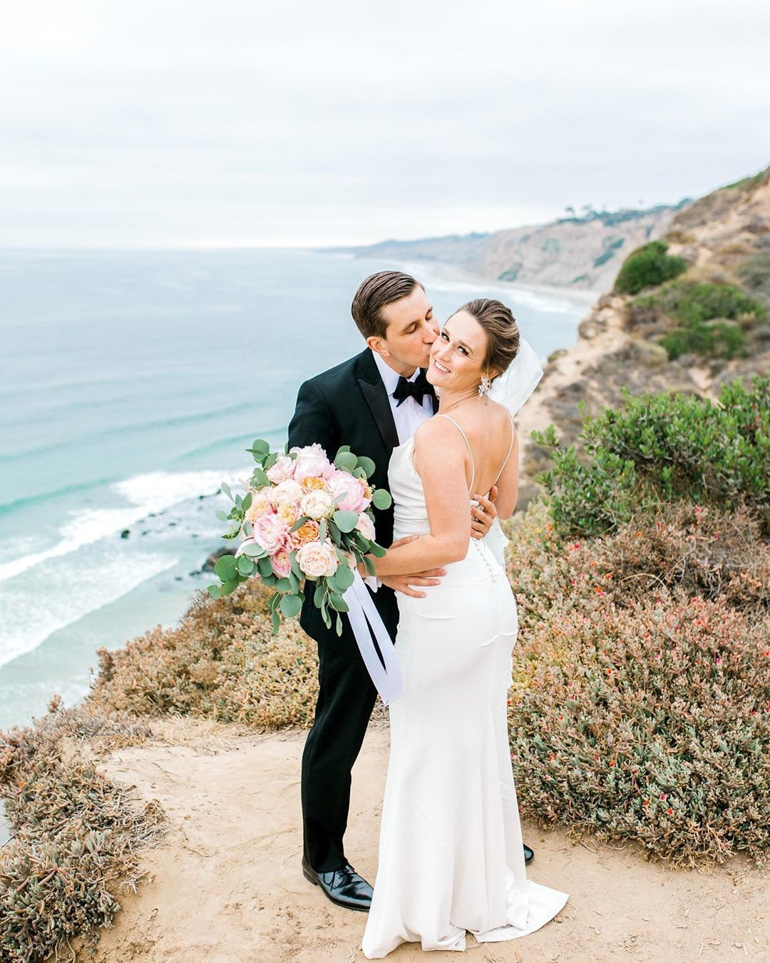 I just can't get over how STUNNING Kaily and Christer's San Diego wedding was!