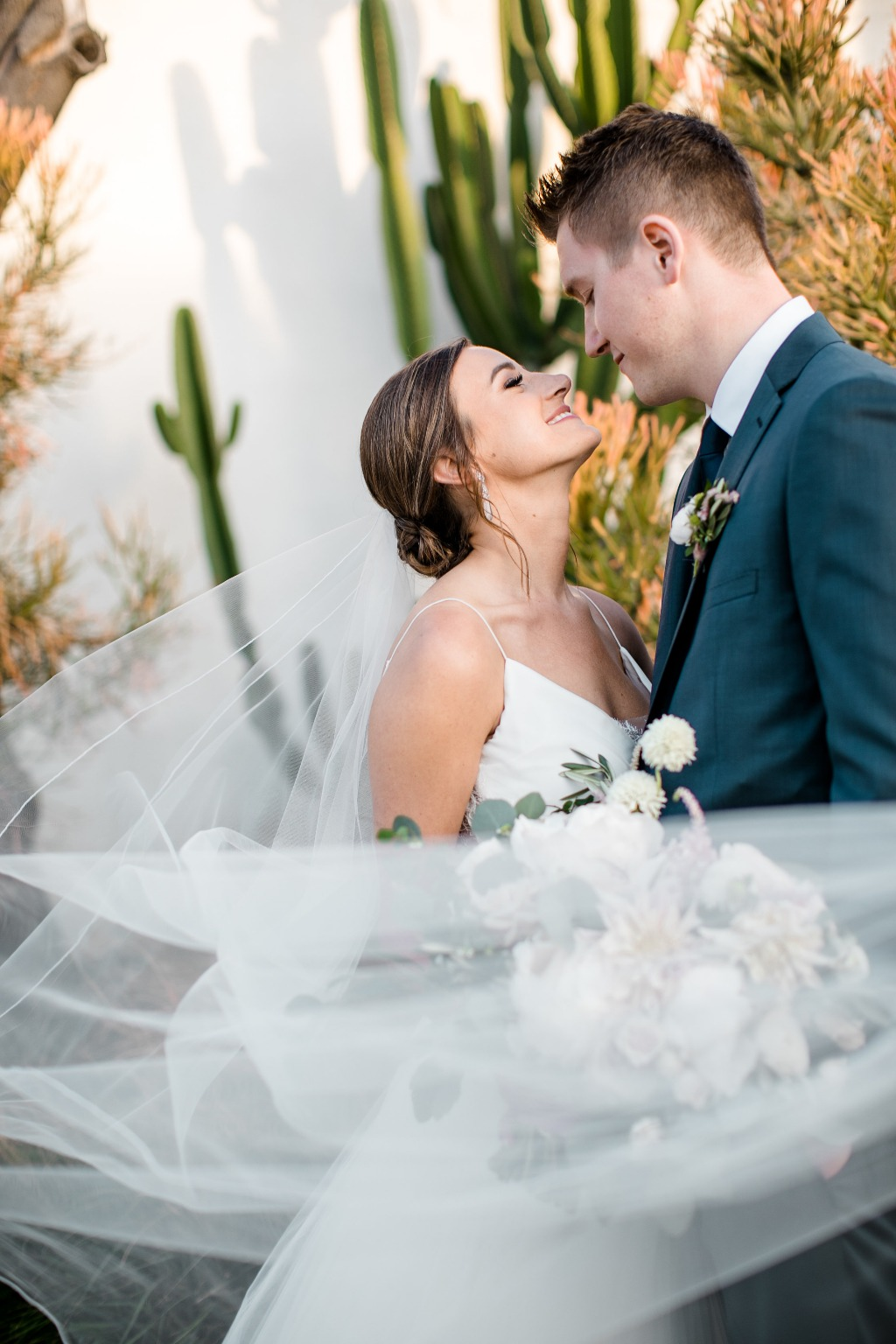 Lauren & Tyler's destination wedding was a dreamy one! Not only was the bride and groom a gorgeous couple, but every vendor executed
