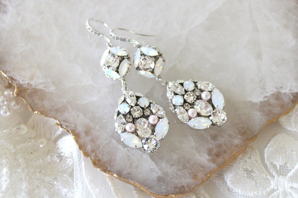 Vintage style Swarovski crystal Bridal earrings handcrafted just for you ! A long and elegant style