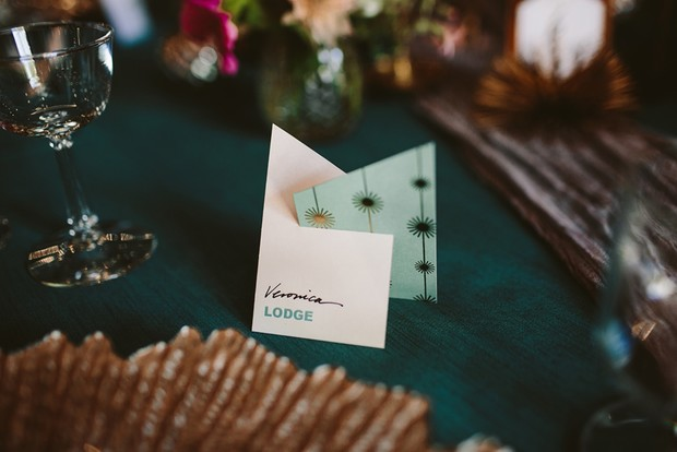 retro modern place card idea