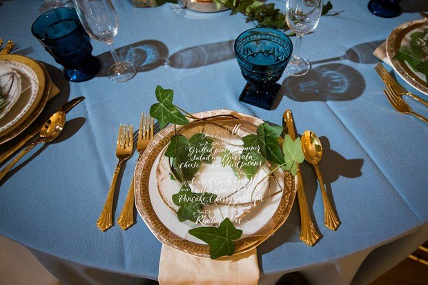 dramatic wedding place setting