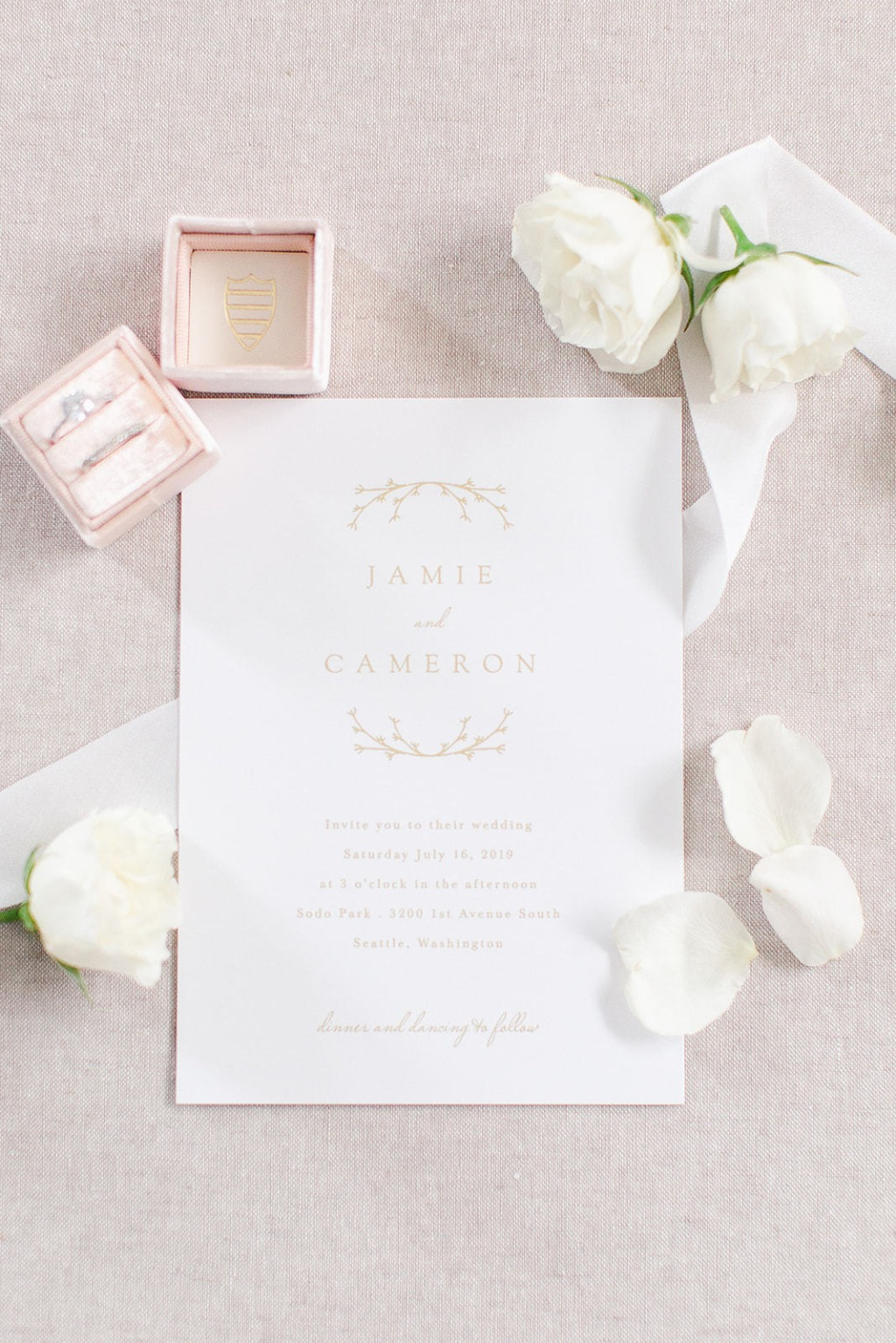 Our Charming Twig Wedding Invitations are a wonderful choice for your special day! This card will give off a rustic feel that is sure