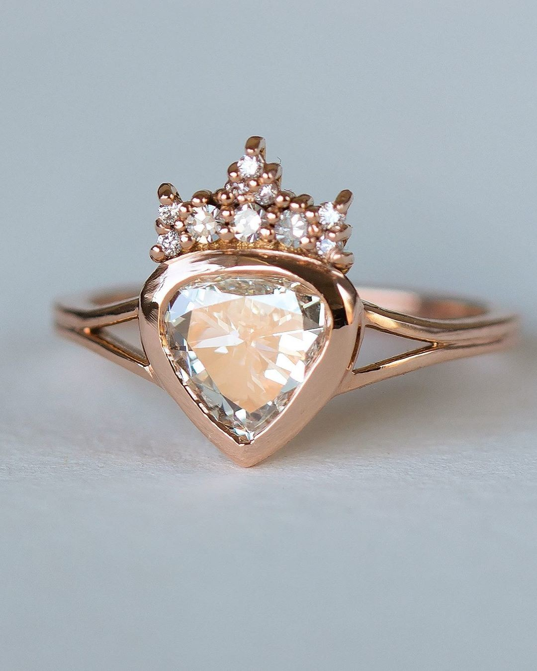 With a word beginning with F describe this ring ✨💫