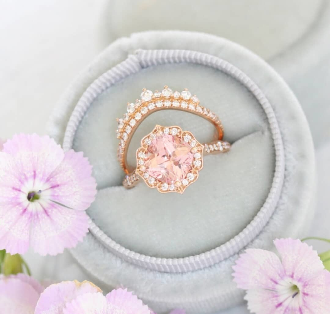 Pretty in peach is the new pretty in pink 🍑 💍 Don't you think ?