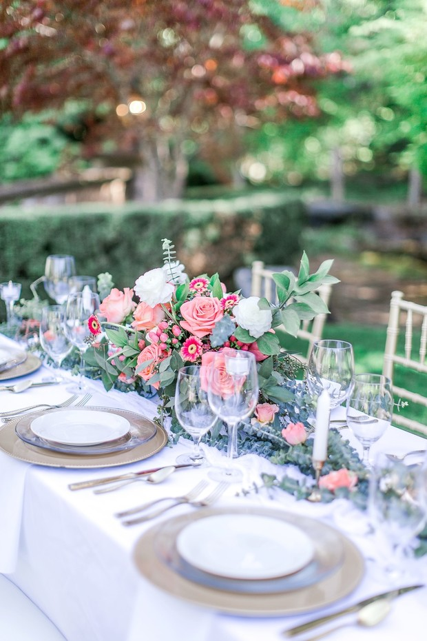 coral and pink wedding table