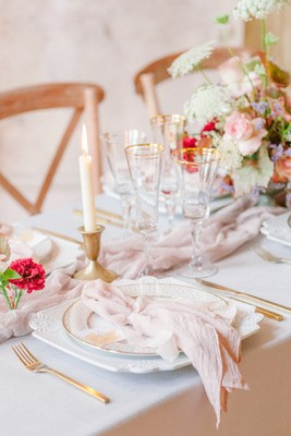 Romantic Italian Bridal Inspiration in a Historic Mansion