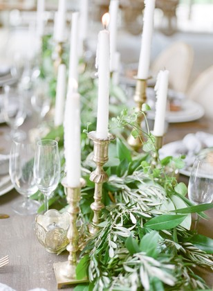 greenery garland wedding table decor