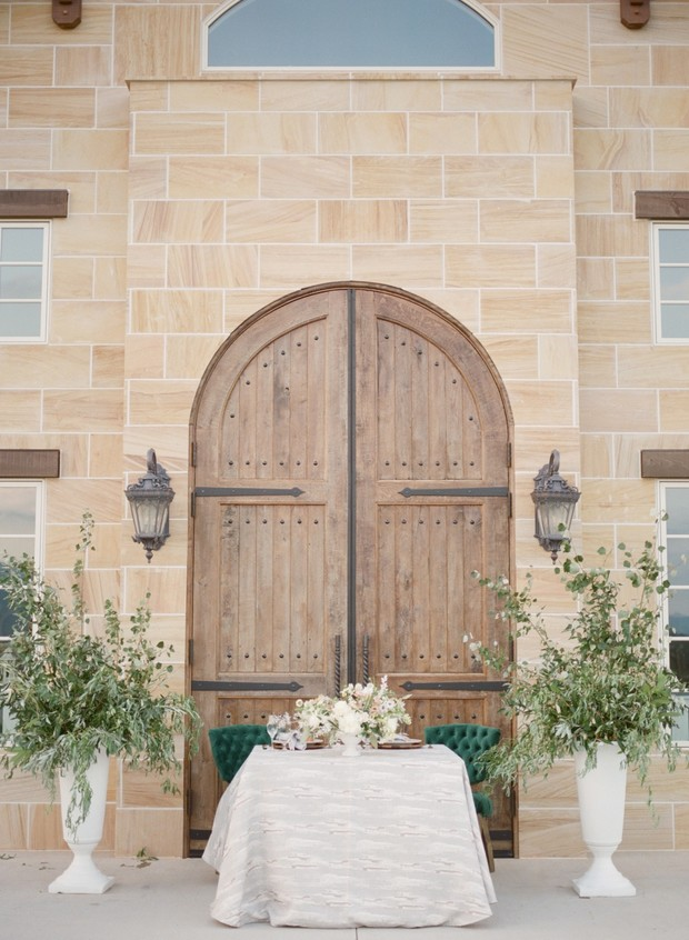 White and Green Tuscany Inspired Wedding Ideas