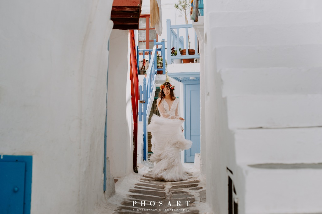Elopement Wedding in Mykonos, Greece!