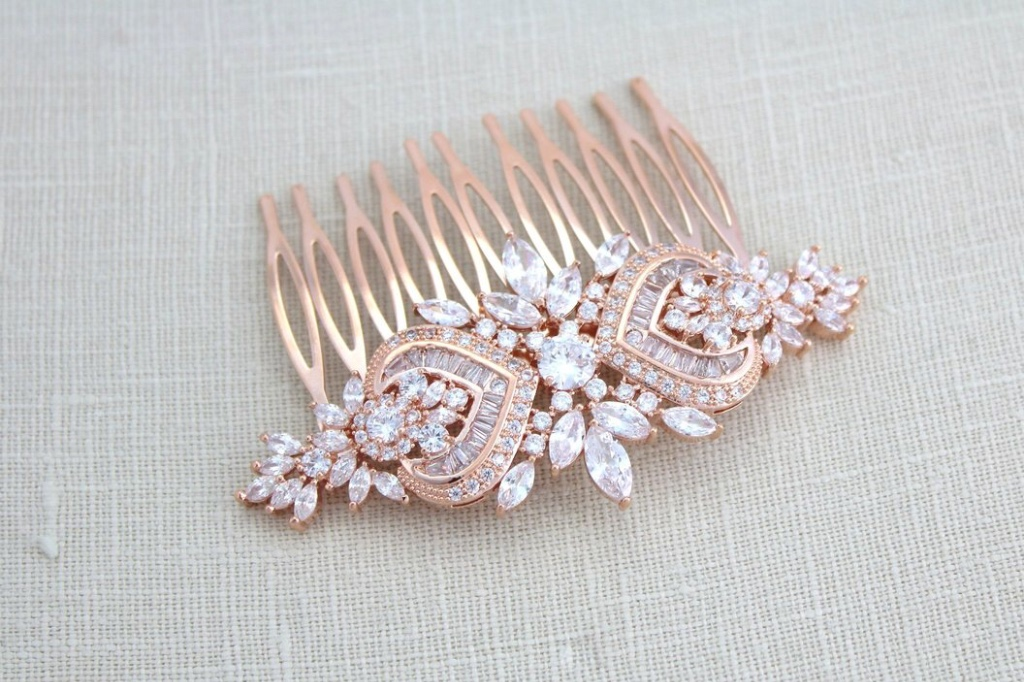 Stunning Rose gold Art Deco Bridal hair comb perfect for any bride and any hair style. Created with Swarovski Pure Brilliance Cubic