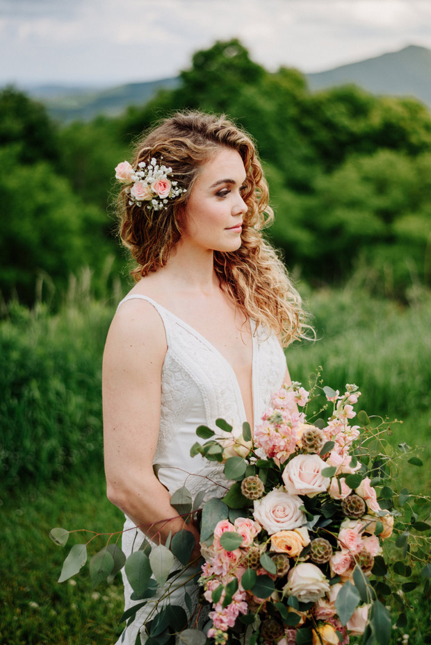 DIY wedding flowers from FiftyFlowers