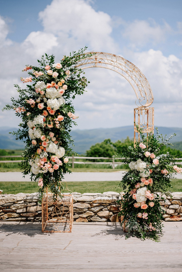 DIY ceremony blooms from Fifty Flowers
