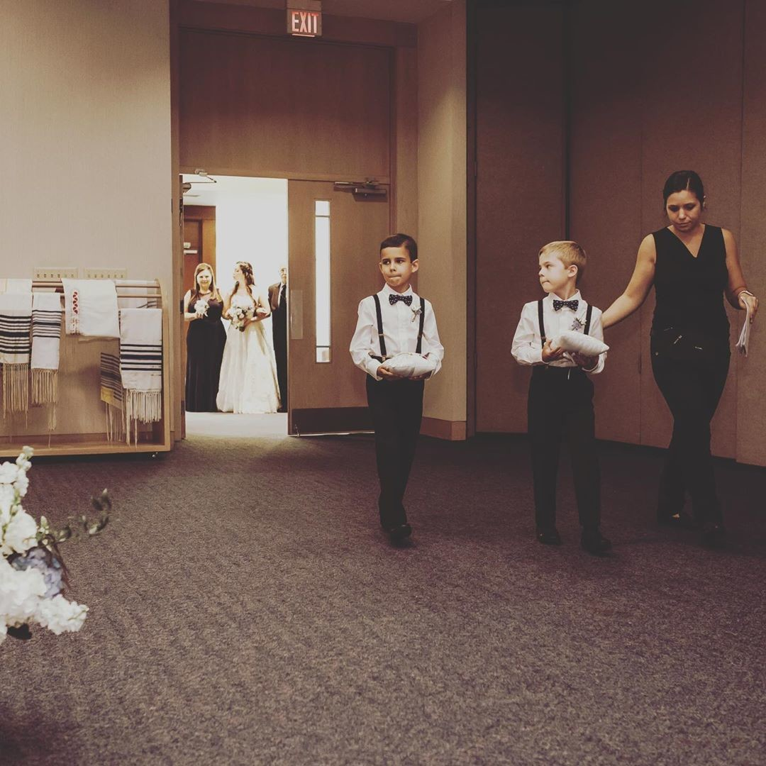 How handsome are these ring bearers? #tampaweddings