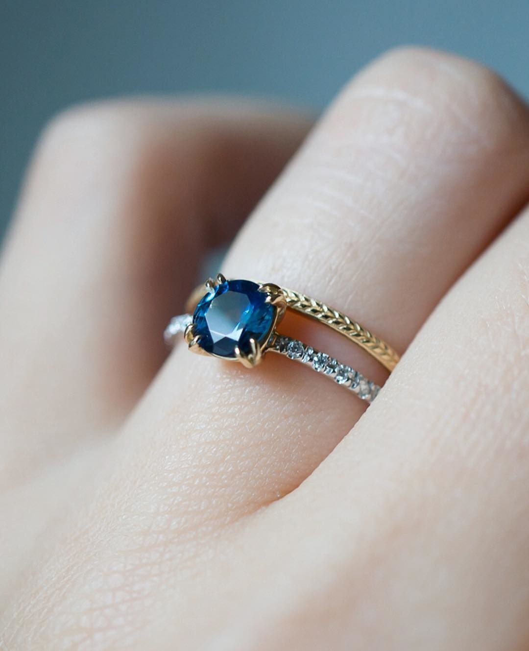 ✨💙💫 An ethical engagement ring of American Mined Sapphire from Montana and a marriage of recycled yellow, white gold and diamonds