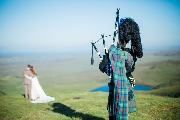 Scotland wedding with bag pipes