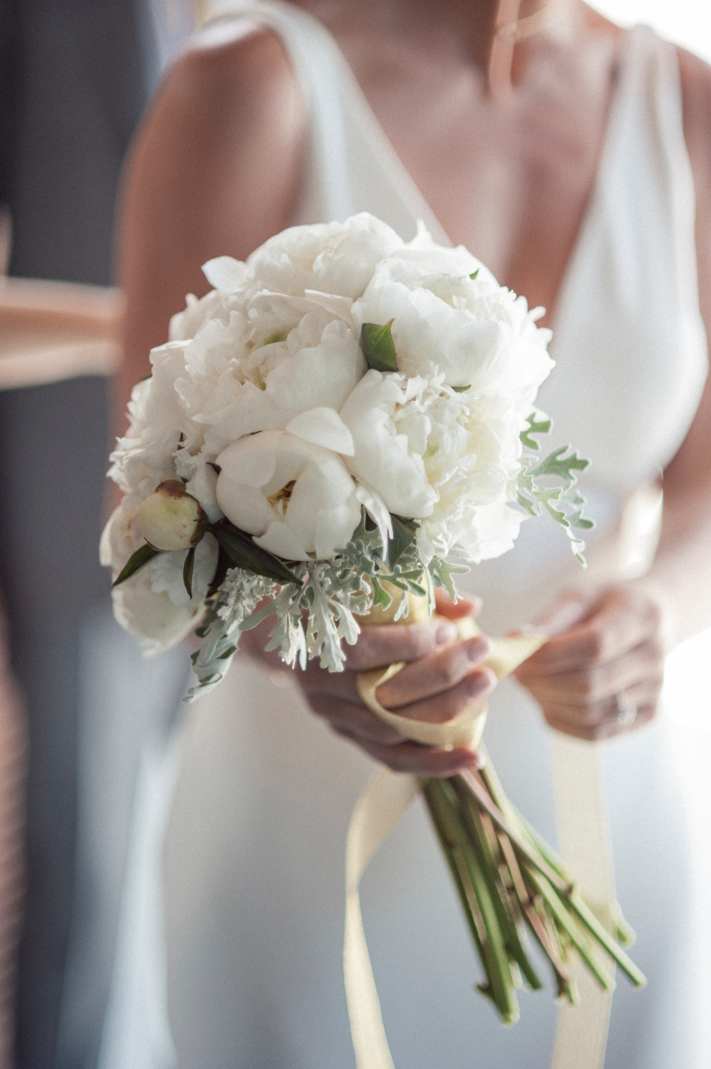 Chic White and gold floral bouquet for a beach wedding in Greece