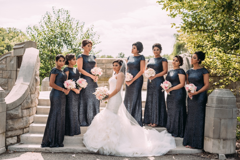 The glamorous #bride and gorgeous bridesmaids!