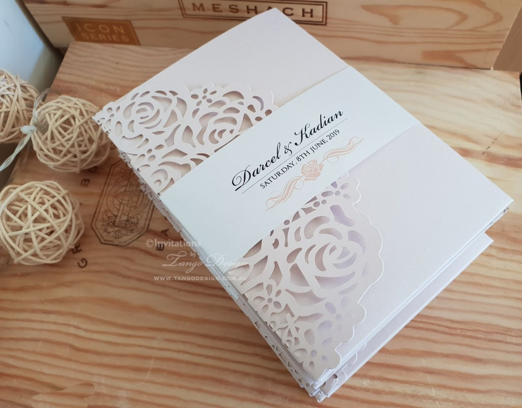 Delicate floral wrap, pocket style invitations