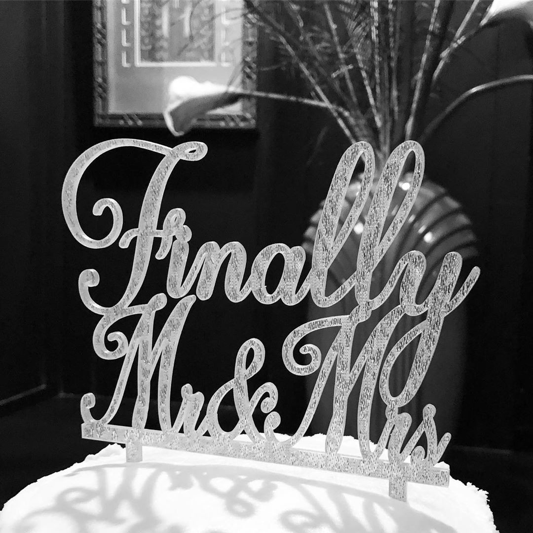 """How fun is this """"Finally Mr. & Mrs."""" cake topper?!"""