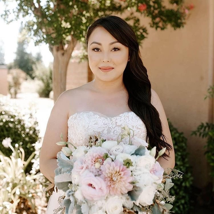Talk about a Blushing Bride! ❤️ if you agree and think this bride looks stunning in our LA9118 - Anika, available in Blush &