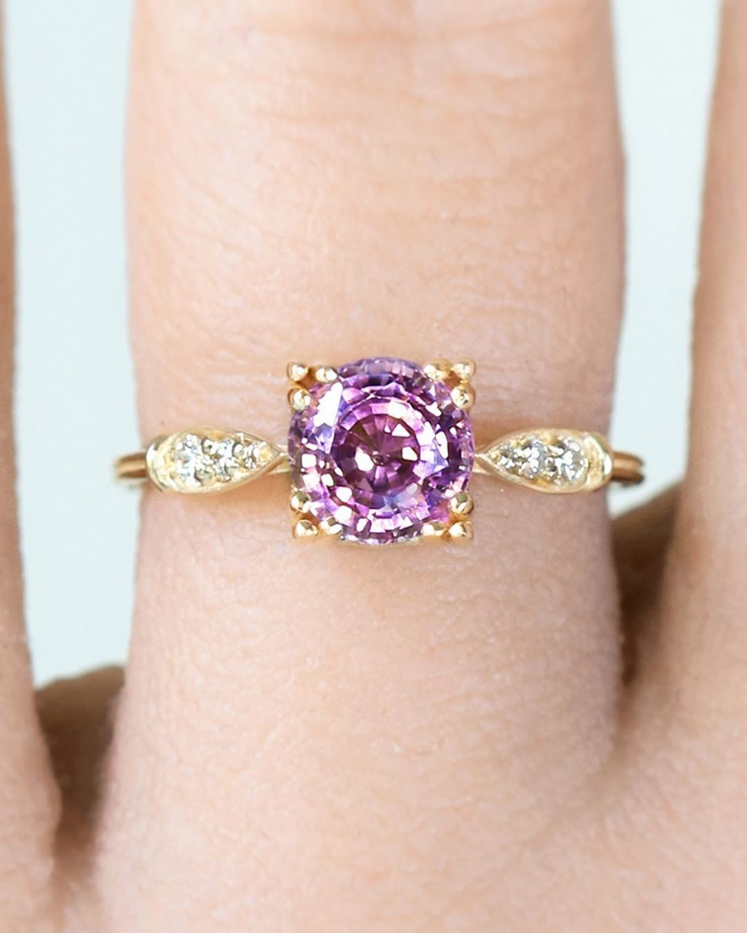 💕💫 Purple Pink Natural Untreated sparkling spinel from Tanzania.. please be still my heart 💜