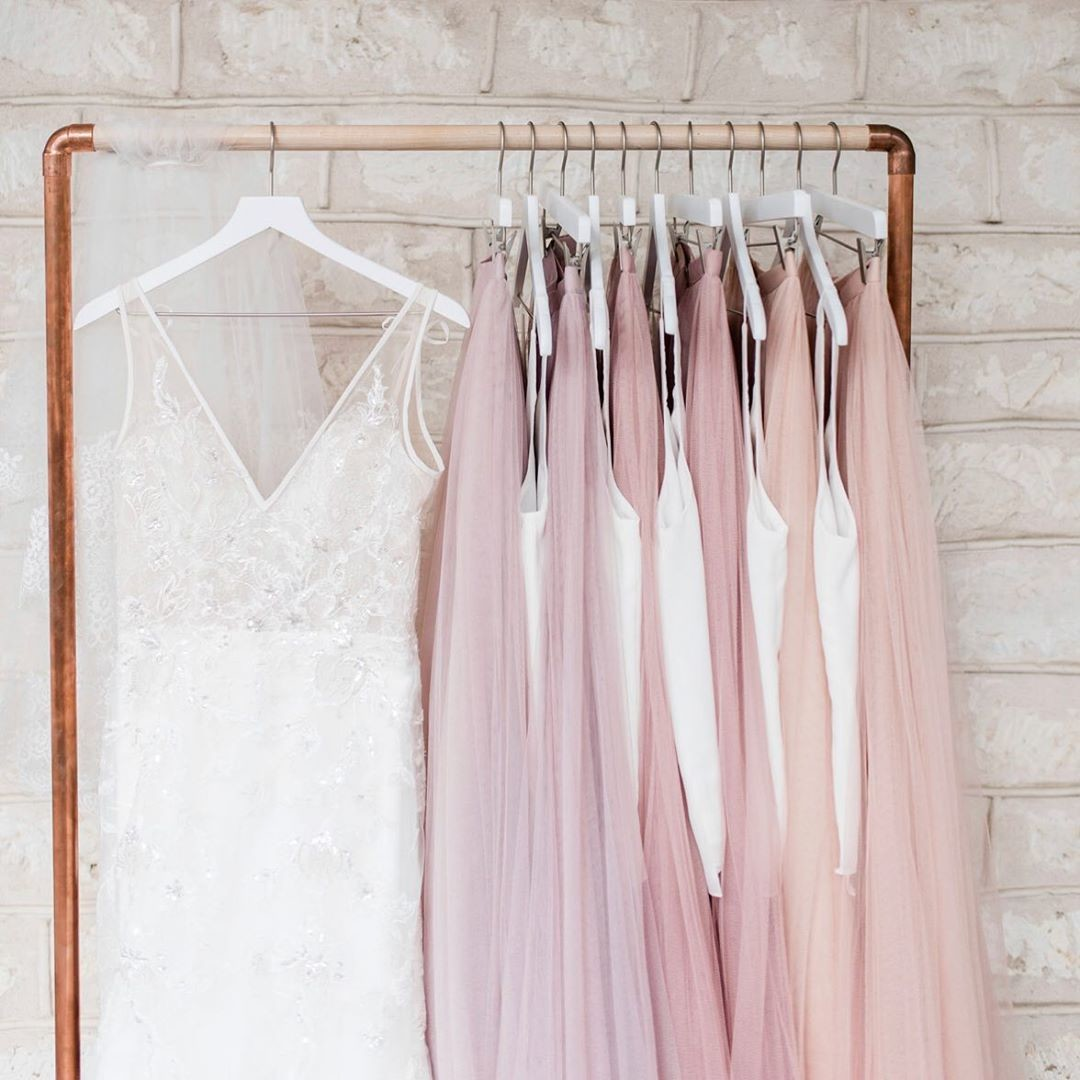 Pale pinks, pretty peaches, and the most perfect bridesmaid separates.💗