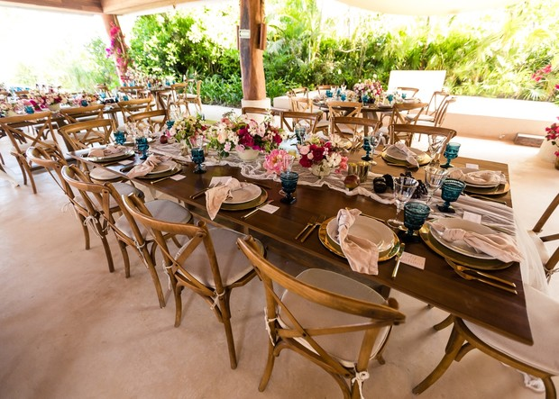gold and teal wedding table decor