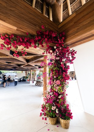 floral wedding decor in Mexico