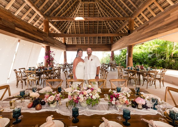 outdoor wedding reception in Mexico