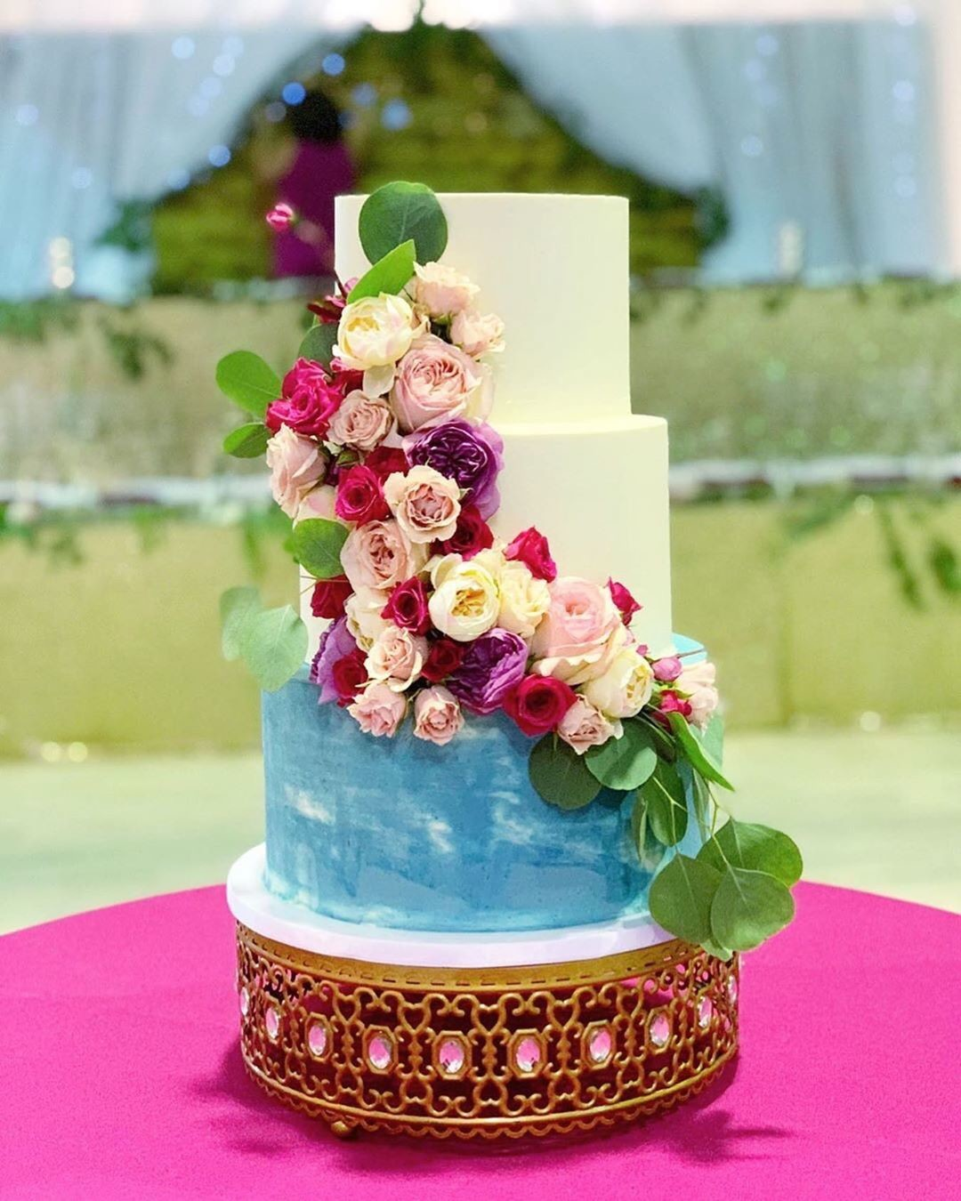 Stunning 💕Wedding Cake by @thenoblecakery on our Moroccan