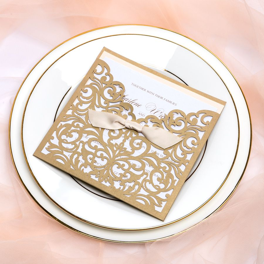 The laser cutting cover embraces delicate floral design cut with awful precision, finished with cute tie-bow. The lovely 3/4 pocket