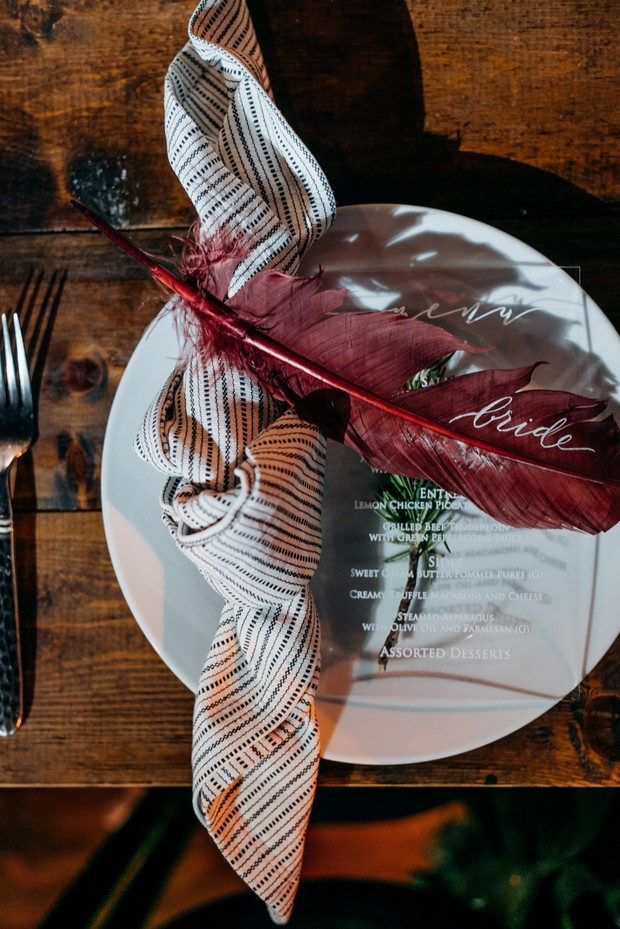 feather place setting wedding