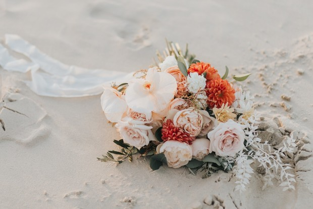 blush and sunset wedding bouquet