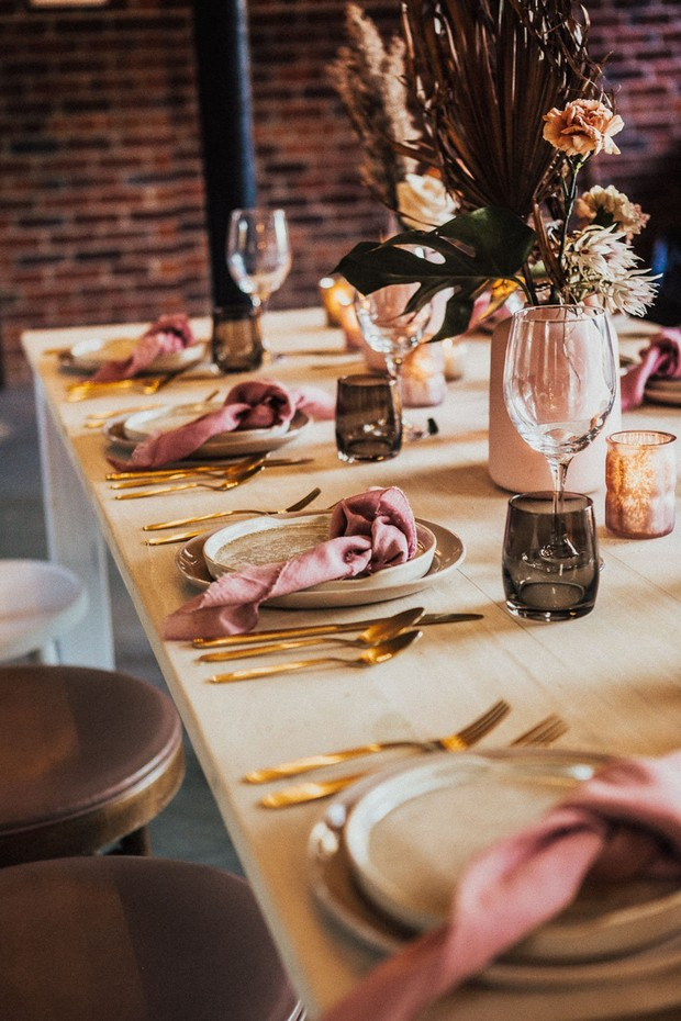 earthy chic wedding table