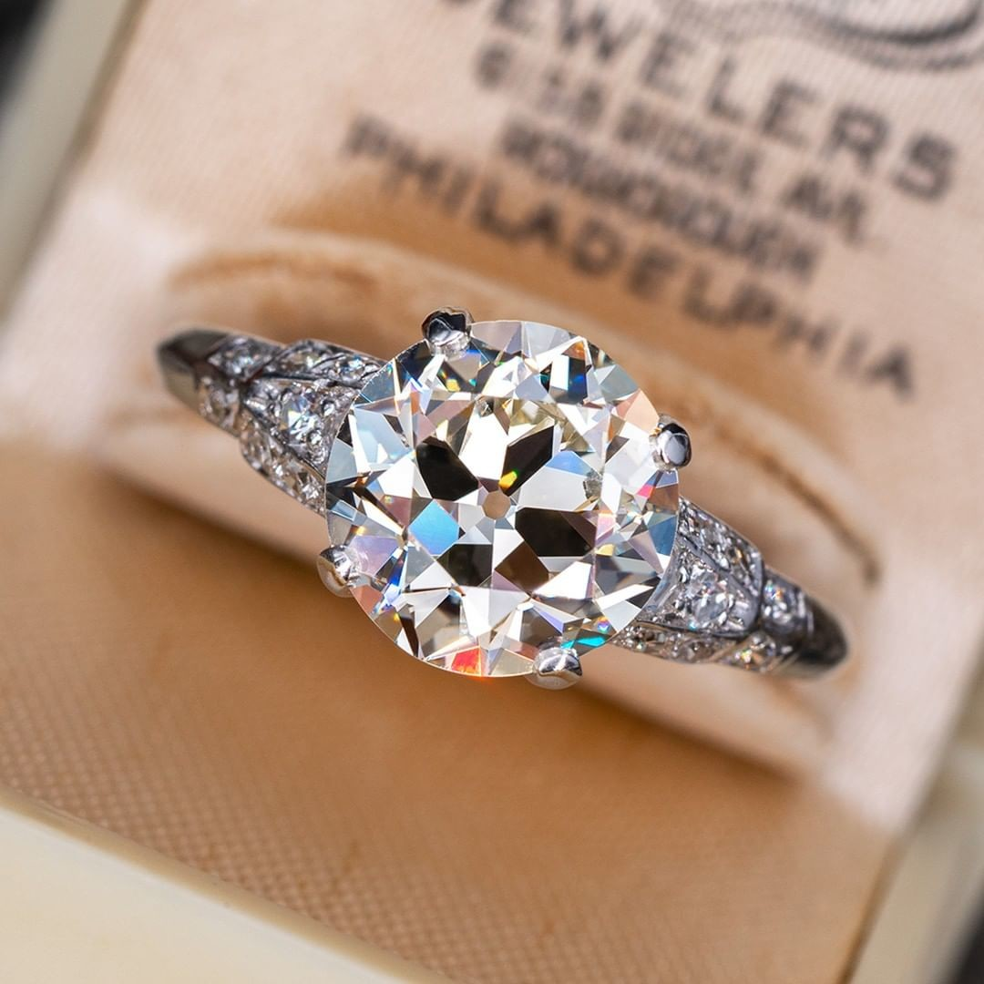 Describe to us the perfect ring