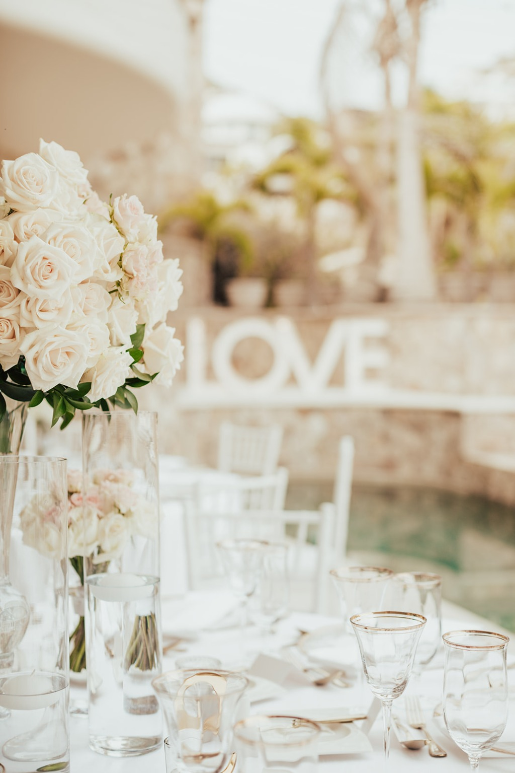 Soft and romantic look for a Cabo Wedding