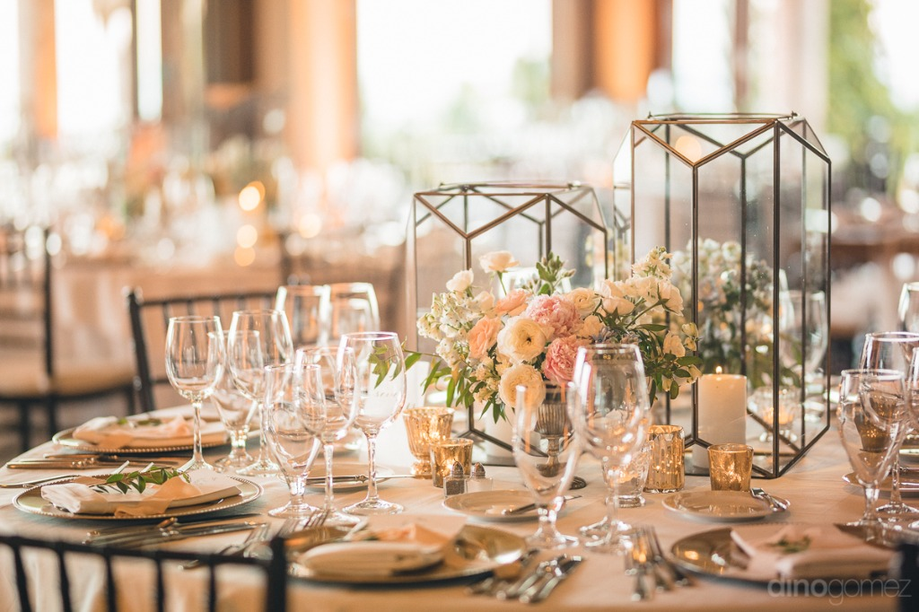 Gold and blush for a Cabo Wedding