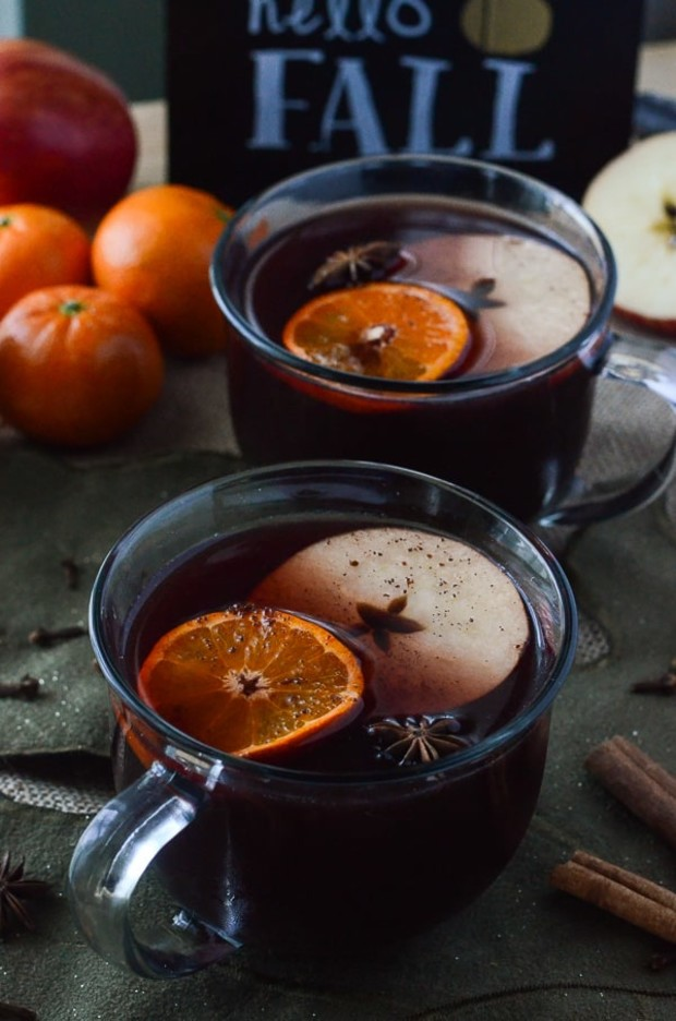 Hot-Mulled-Apple-Cider-Sangria-2