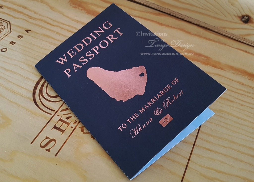 Passport rosegold printed
