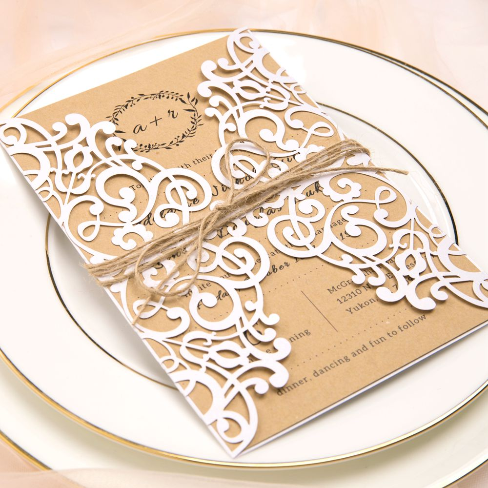 For girls wanting country weddings with elegant hues, this invite is just the right choice.