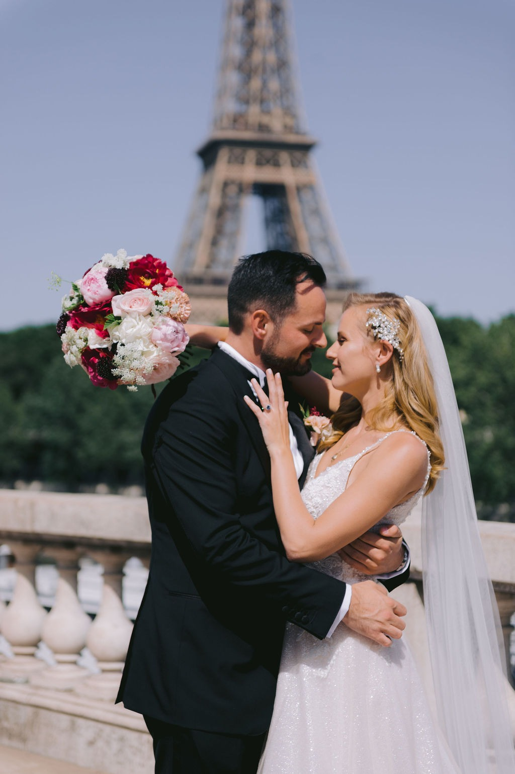Intimate celebrations in Paris