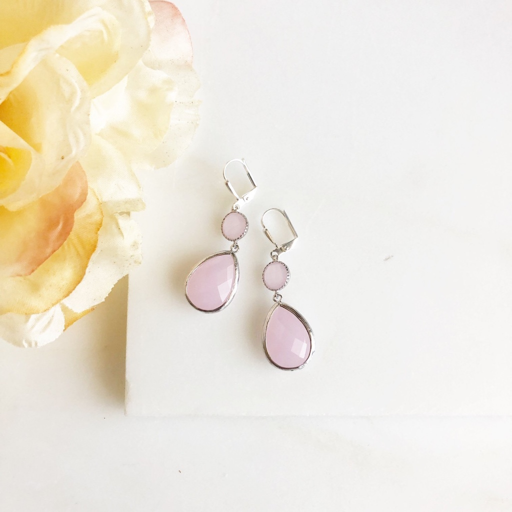 Soft pink glass drop earrings.