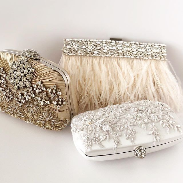 What is your clutch style? Feathers, rhinestones, or a touch of color. I can custom design your dream clutch just DM me for all the