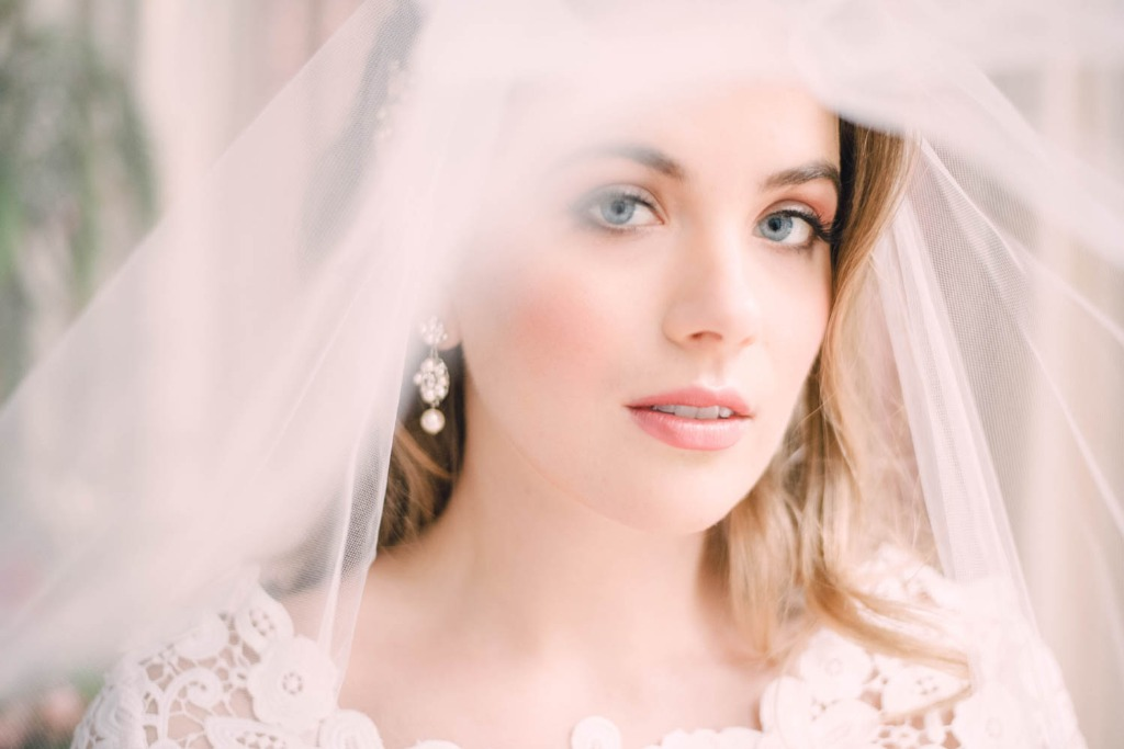 Crushing on this beauty look! Explore more wedding veils from Laura Jayne!