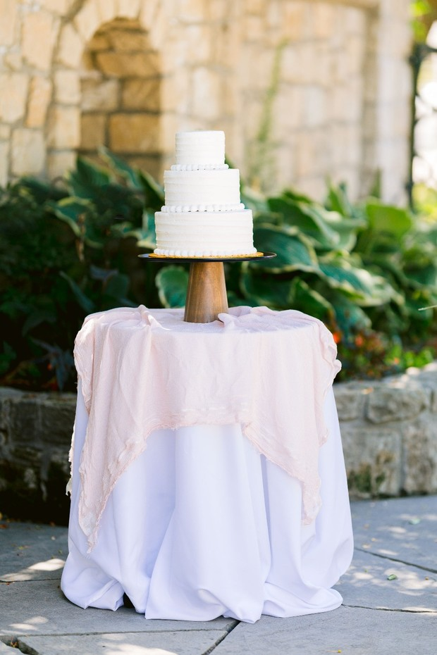 DIY Your Wedding Cake With Fresh Flowers and Not Blow Your Budget