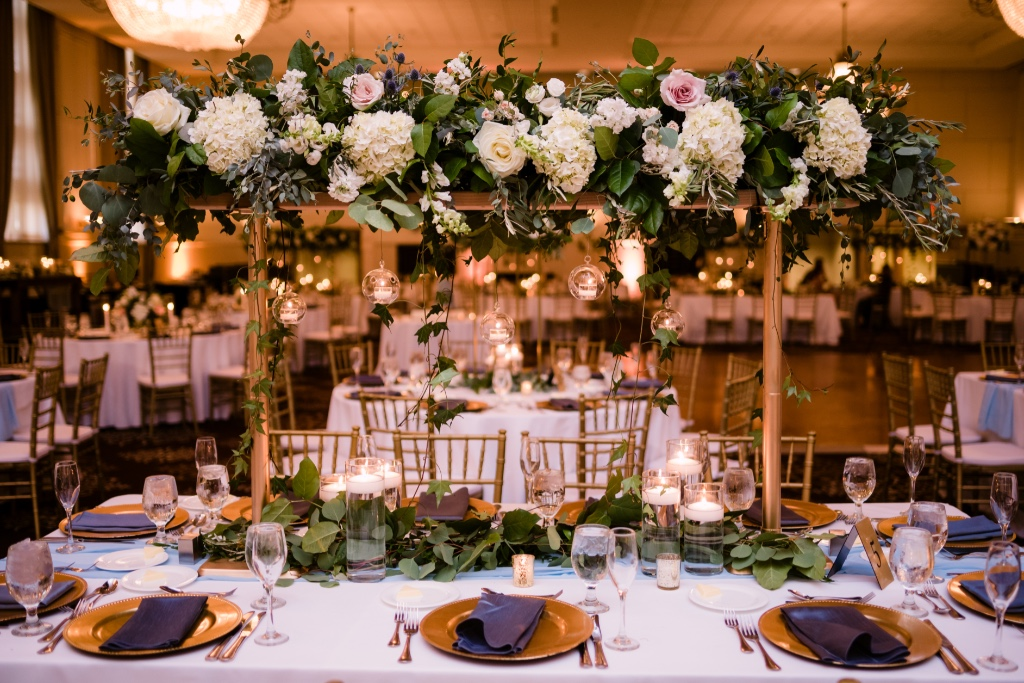 Floral centerpiece idea captured by Mike Staff Productions.